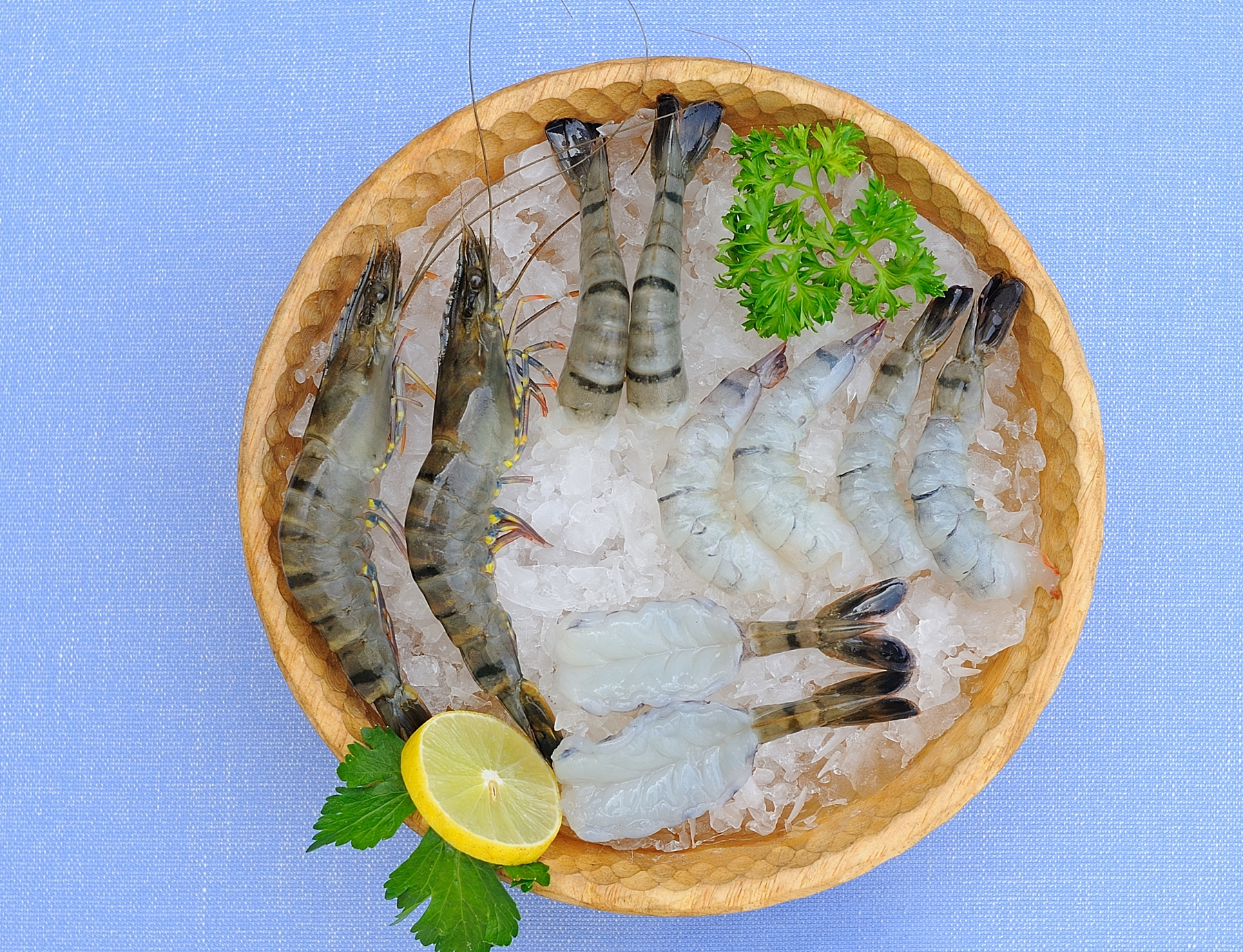 Black tiger shrimps (raw)